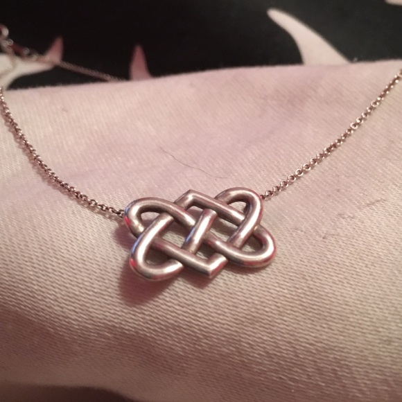9a5c95852a846 Tiffany & Co Silver Picasso Celtic Knot Necklace